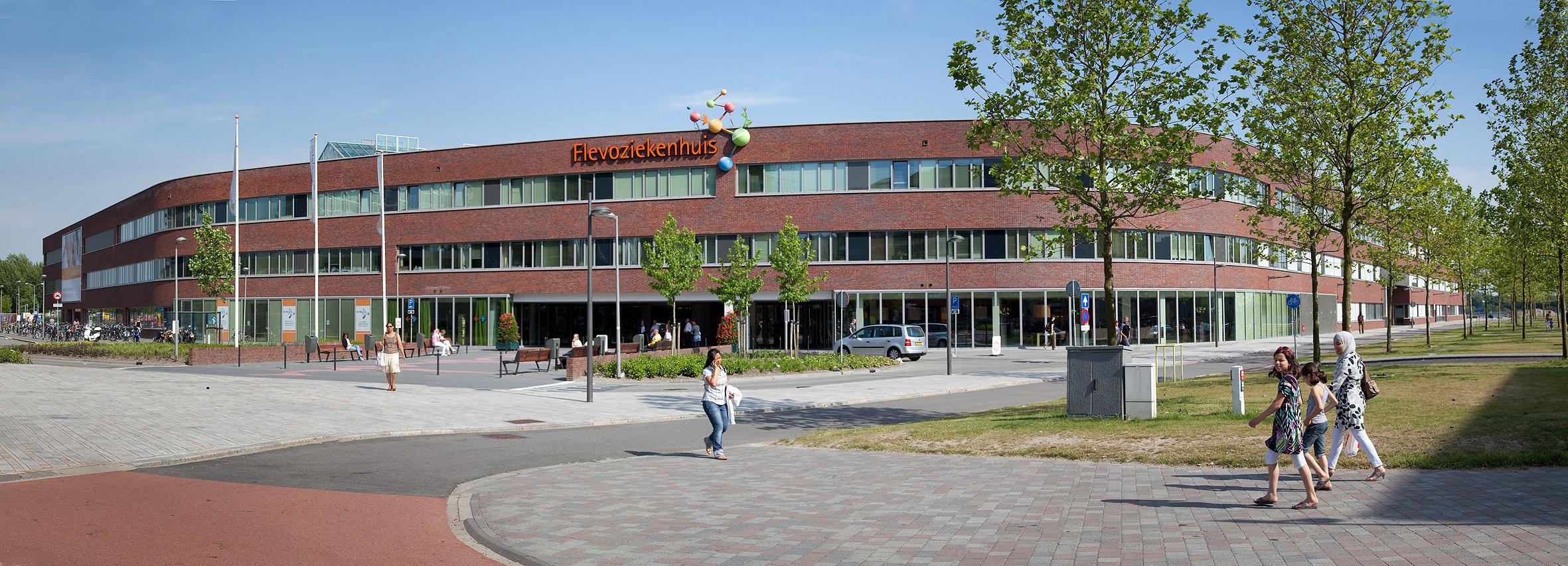 flevoziekenhuis voorgevel