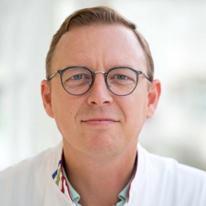 Zwaan, D. van der